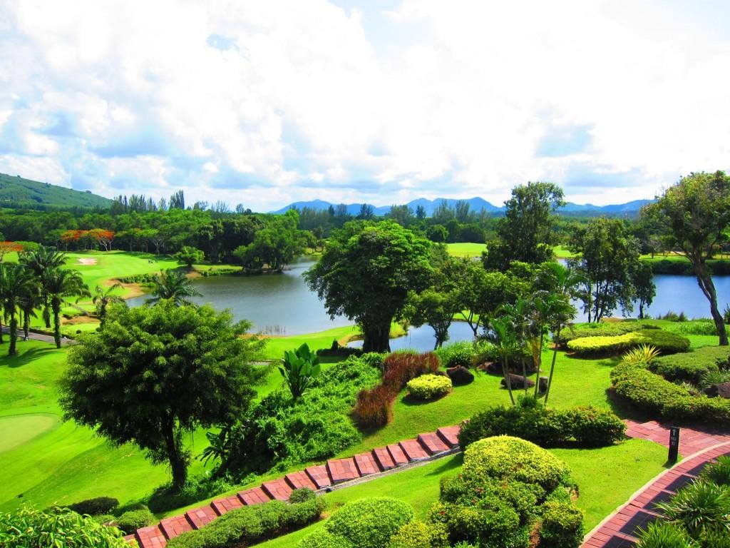 Cykling og golf i Thailand hitter